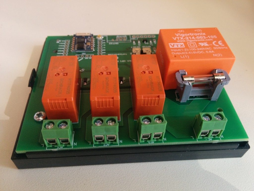 Three Channel Wifi Relay Thermostat Board Martins Corner On The Web Electrical Wiki Less Relays Psu Fuse And Screw Terminals Bottom
