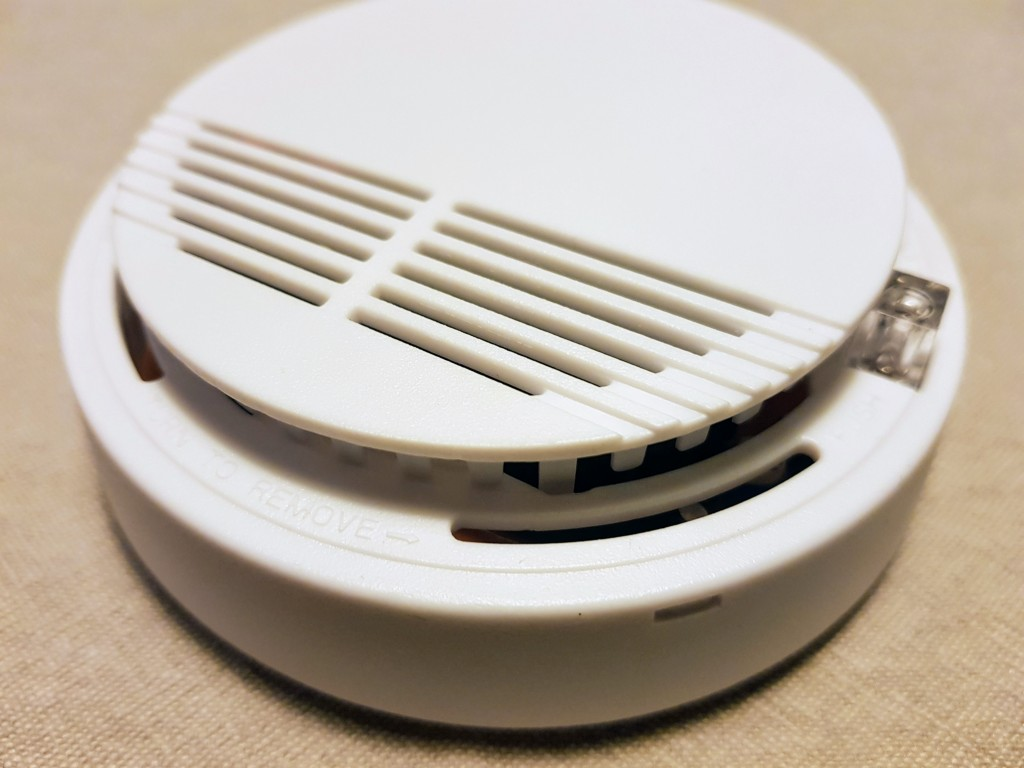 Internet connected fire/smoke alarm project